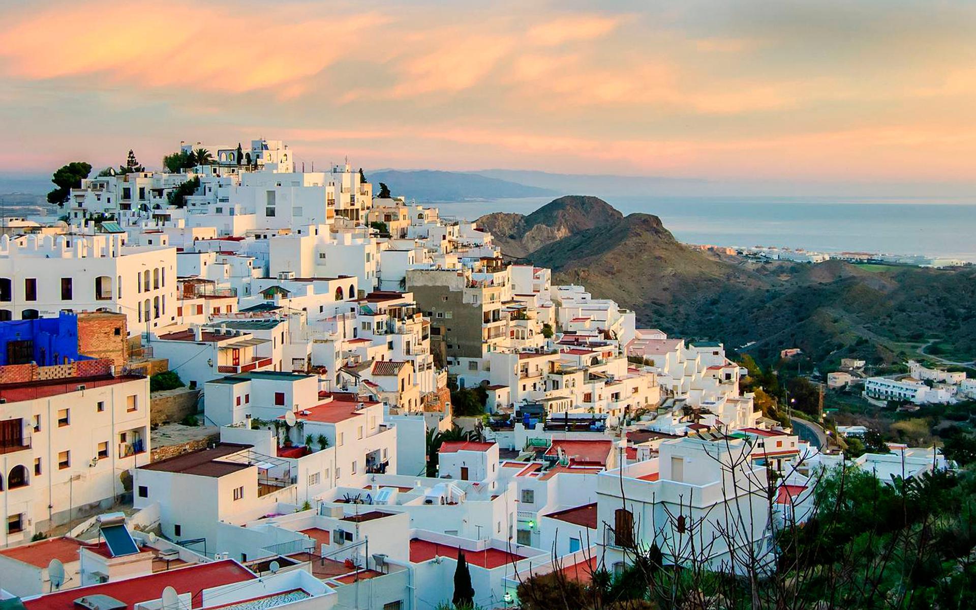Umzug nach Almería, Spanien | Vergleichen und Sparen bis zu 60%